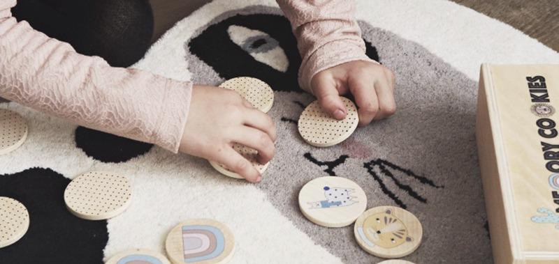 Spielzeug und Interieur