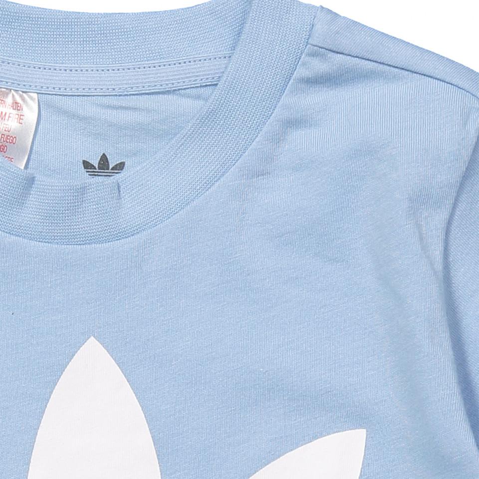 T shirt und shorts in Blau