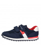 Sneakers in Navy